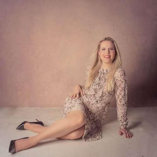Classic-Portrait-by-Shanshan-Gong-Photographer-Helsinki-80